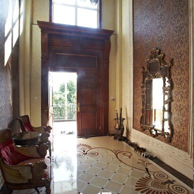 尊贵美式大别墅玄关装修