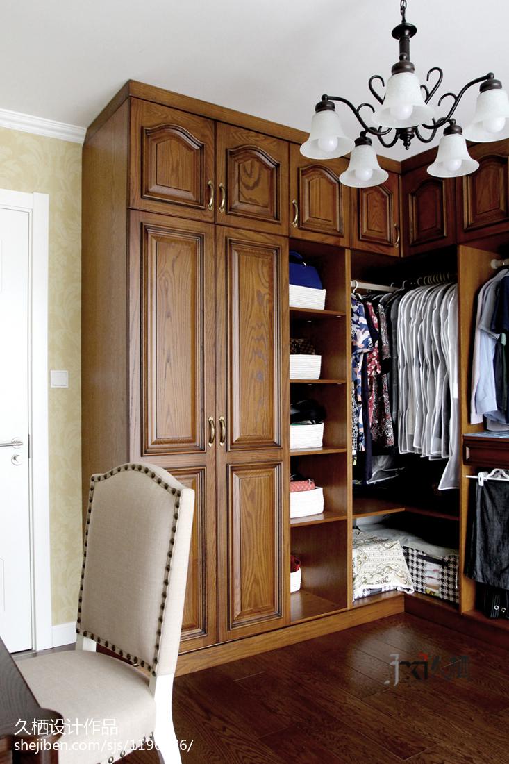 复古美式风格衣柜装修
