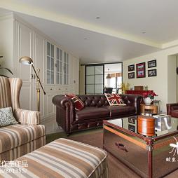 美式风格四居室客厅装修