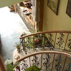 美式乡村别墅楼梯装修