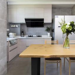素雅简欧风格厨房设计