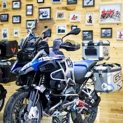 摩托车行照片墙设计