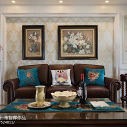 浪漫美式风格客厅装修图