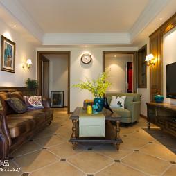 美式三居室客厅设计效果图