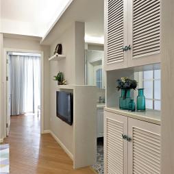 北欧风格小户型玄关装修案例