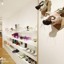 专卖店货柜设计
