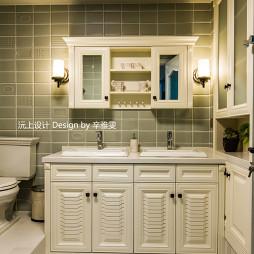 美式风格卫浴柜设计