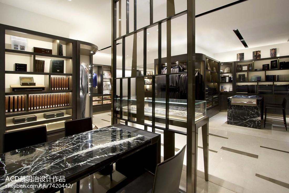 香港国际金融中心 ifc 概念店: 時尚精品_2569305
