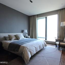 黑白简约风格卧室布置