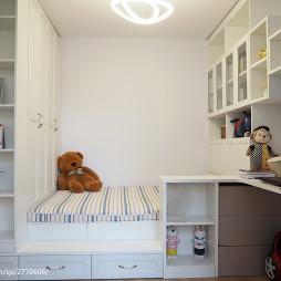 现代风格榻榻米儿童房设计