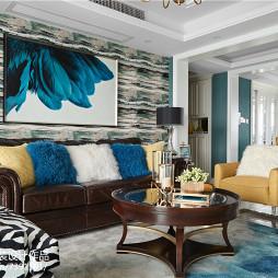 现代美式沙发背景墙