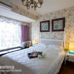 欧式风格卧室碎花墙纸