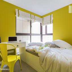 温馨卧室黄色背景