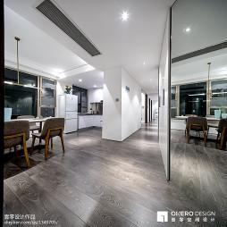现代家装三居室过道