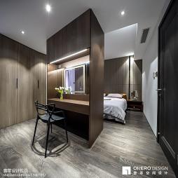卧室隔断式装修