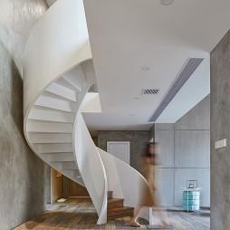 创意白色旋转楼梯