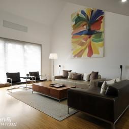 现代复式客厅装修