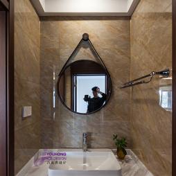 卫浴镜子图片