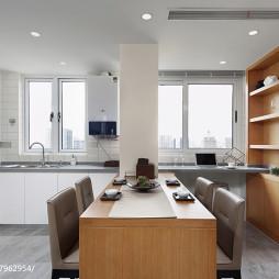 四居室餐厅厨房一体