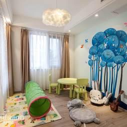 最新儿童房手绘墙
