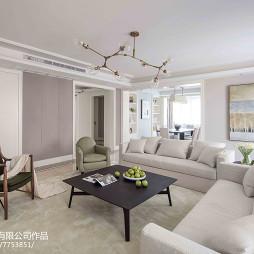 淡雅客厅白色沙发