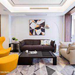 350 m² 现代台湾风客厅左右沙发设计图