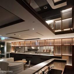 DORICIOUS餐厅吊顶设计图片