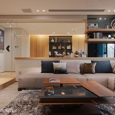 现代风格二居客厅设计图片