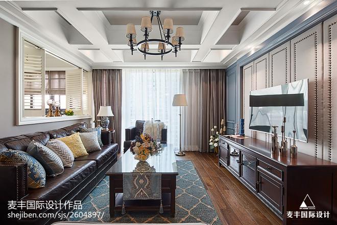 美式风四居客厅设计图片