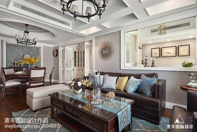 美式风四居客厅沙发设计图