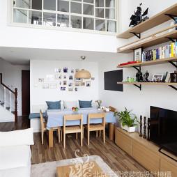 日式简约二居餐厅客厅一体设计图片