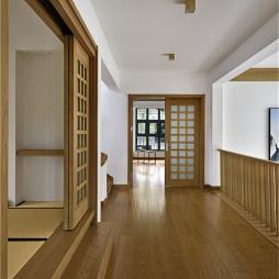 日式别墅过道设计图片