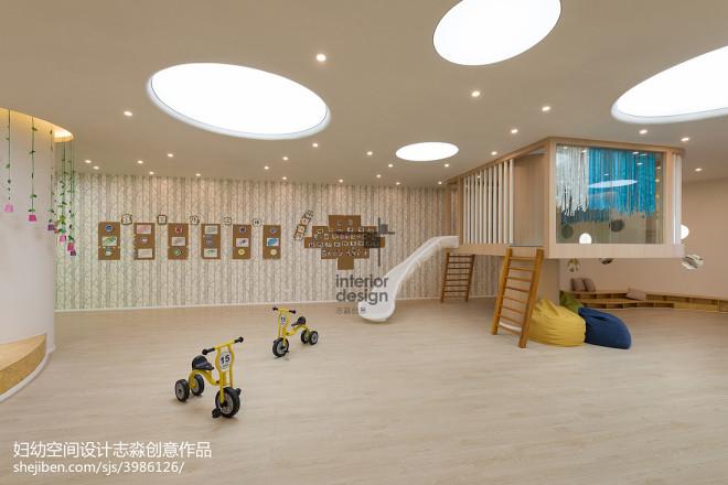 深林里的早教中心内部设计图片