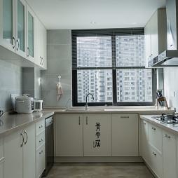 豪华现代四居厨房设计图