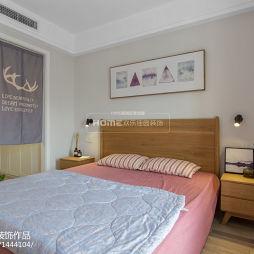 简约家装卧室装饰画设计图