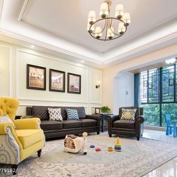 美式四居客厅吊灯实景图片
