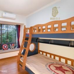 美式四居双层儿童床实景图