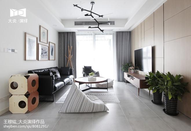 简约三居风格客厅设计图片