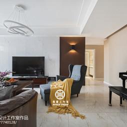 白色系现代客厅设计图