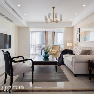 美式优雅三居客厅设计图
