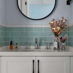 灰藍色混搭衛浴設計