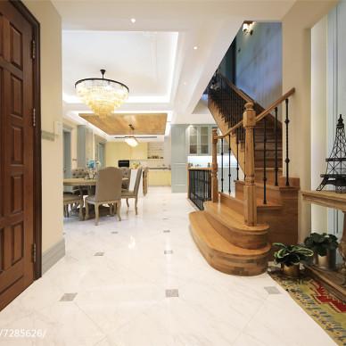 美式别墅玄关设计实景