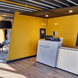 APAX创意办公室前台设计