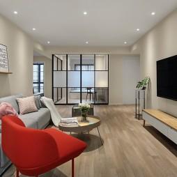 128m² 简约客厅电视柜设计