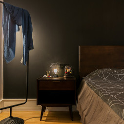 简单混搭风小户型主卧床头灯设计图