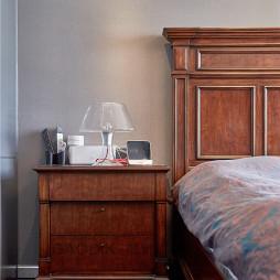 现代感卧室红木家具图