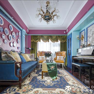 彩色系混搭客厅实景图片