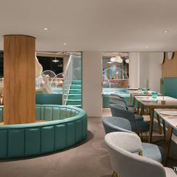 梦幻岛亲子餐厅卡座设计