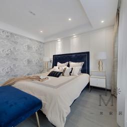 简约美式三居卧室设计
