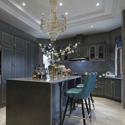 现代美式别墅厨房吧台设计